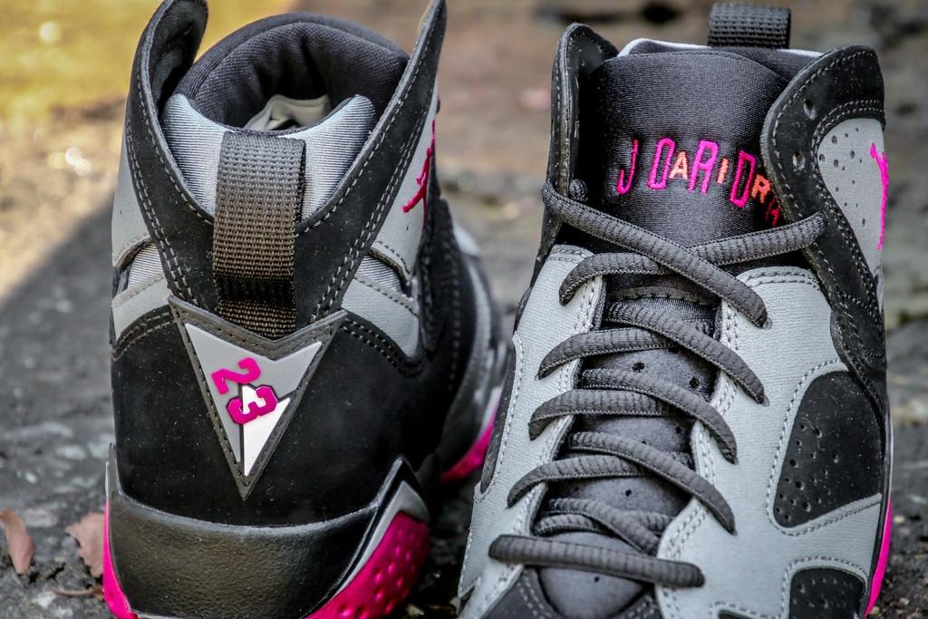 Air Jordan 7 GS - Fuchsia Flash. WANTS. 6639. COLOR. Black / Sport Fuschia  - Cool Grey ...