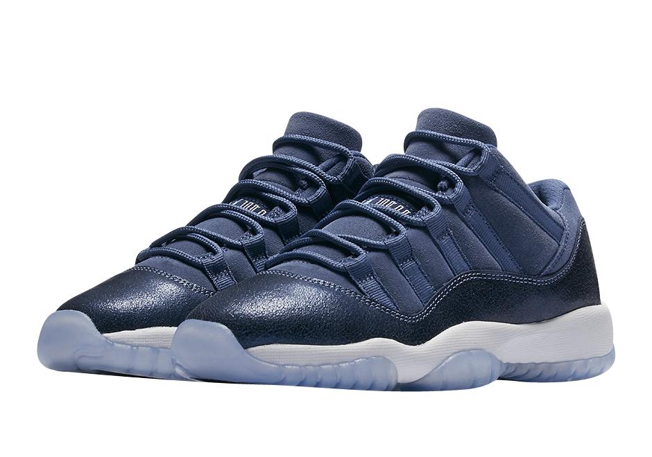 Buy Air Jordan 11 Low Gs Blue Moon Kixify Marketplace