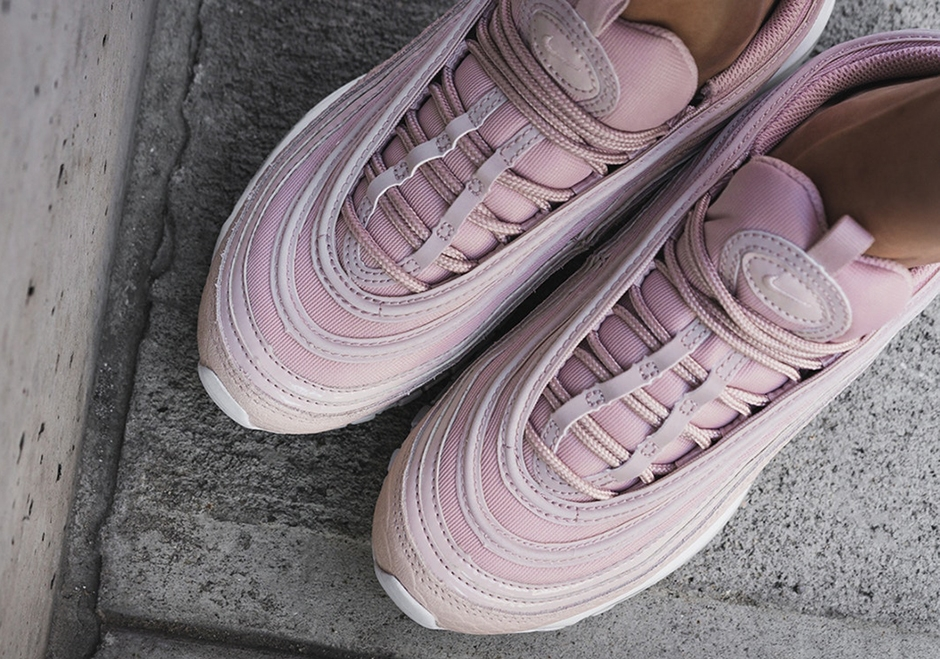 the latest 30024 81c54 Nike WMNS Air Max 97 Pink Snakeskin
