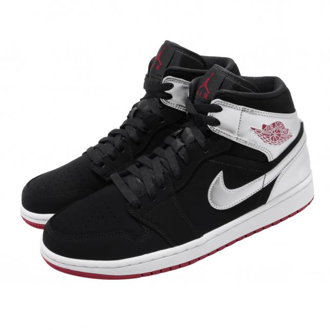black jordan tennis shoes