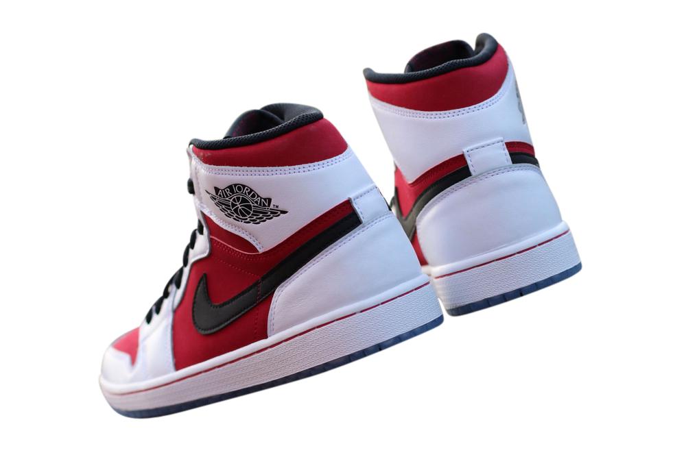 BUY Air Jordan 1 Retro High OG