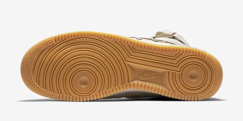 Nike Special Field Air Force 1 String. String   Gum. 864024-200. a1b4e7590