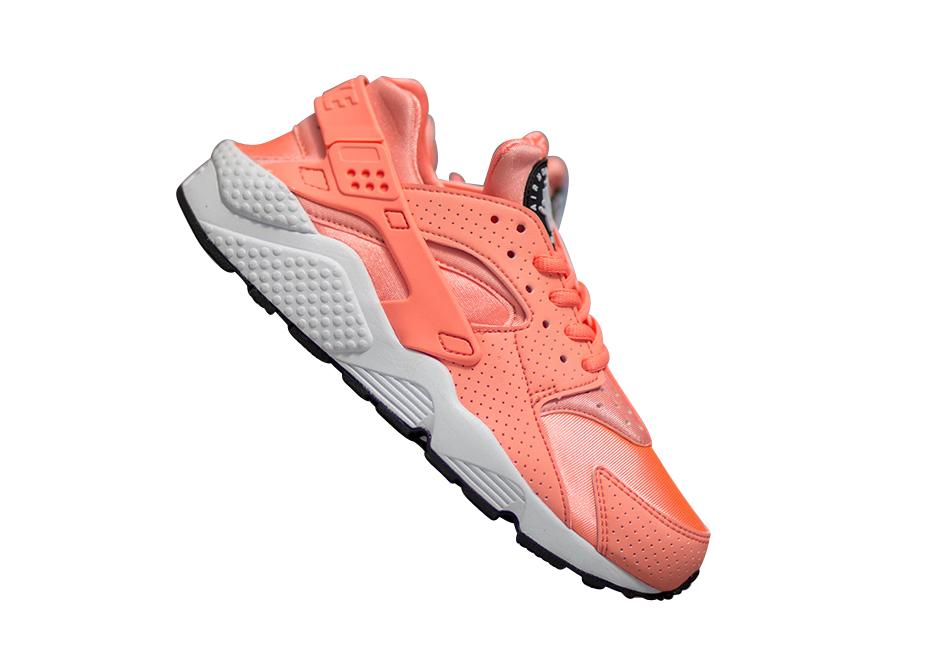 Atomic Pink/Black/White/Atomic Pink Nike Women Air Huarache Run ...
