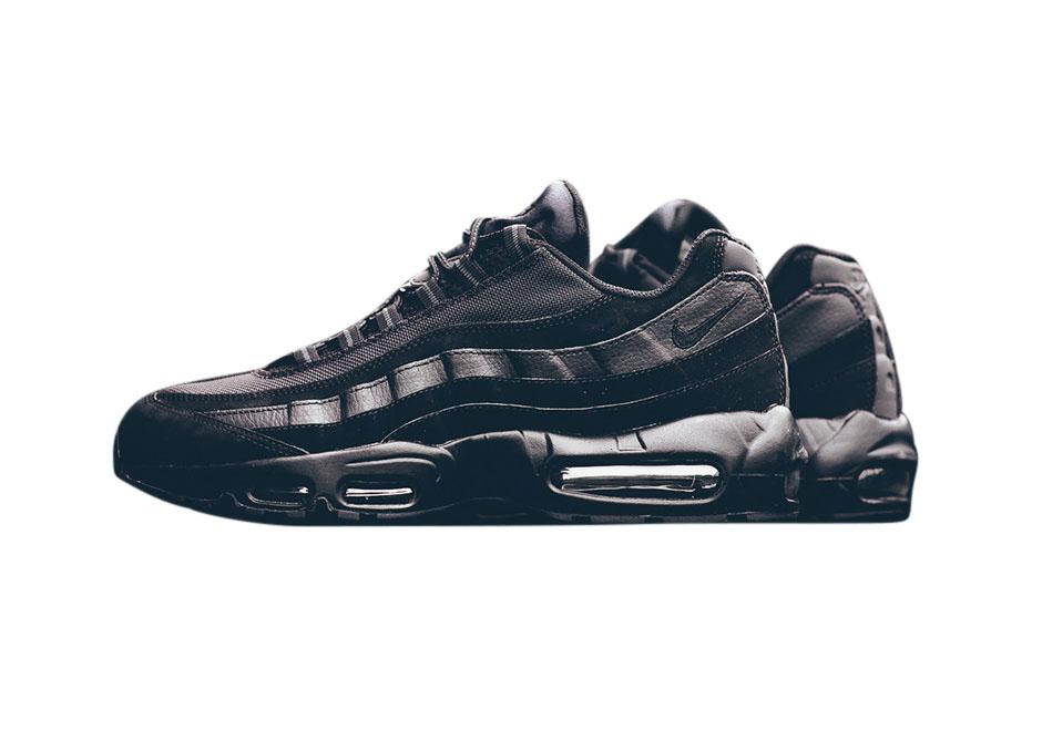 BUY Nike Air Max 95 Triple Black