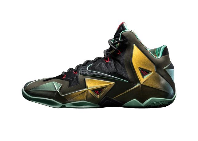 BUY Nike LeBron 11 - King's Pride